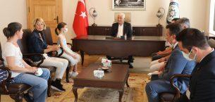 Konservatuarın Başarılı Öğrencilerinden Başkan Gürün'e Ziyaret