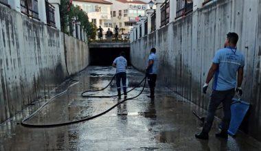 Büyükşehir, Marmaris Karadere'den 20 Ton Atık Çıkardı