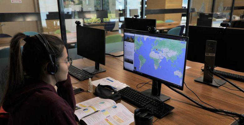 Türkan Saylan, Kütüphanesi ve Dersliklerine Yoğun İlgi